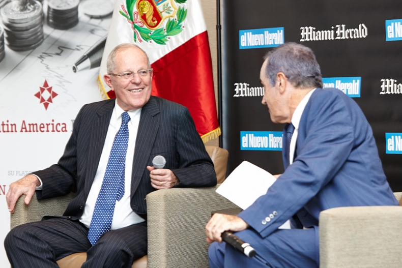 Peru President Pedro Pablo Kuczynski sits with Andres Oppenheimer at the Herald Americas Conference