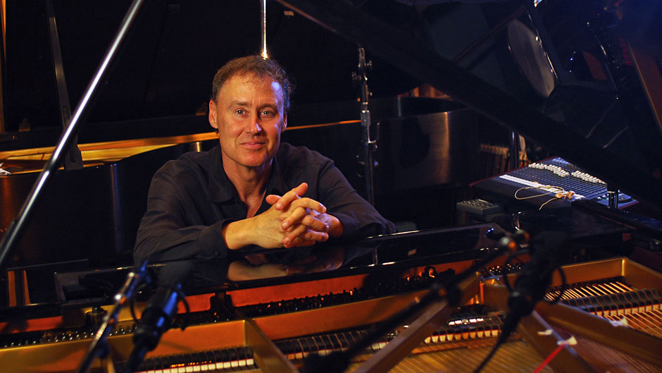 Grammy Award-winning singer-songwriter-pianist Bruce Hornsby
