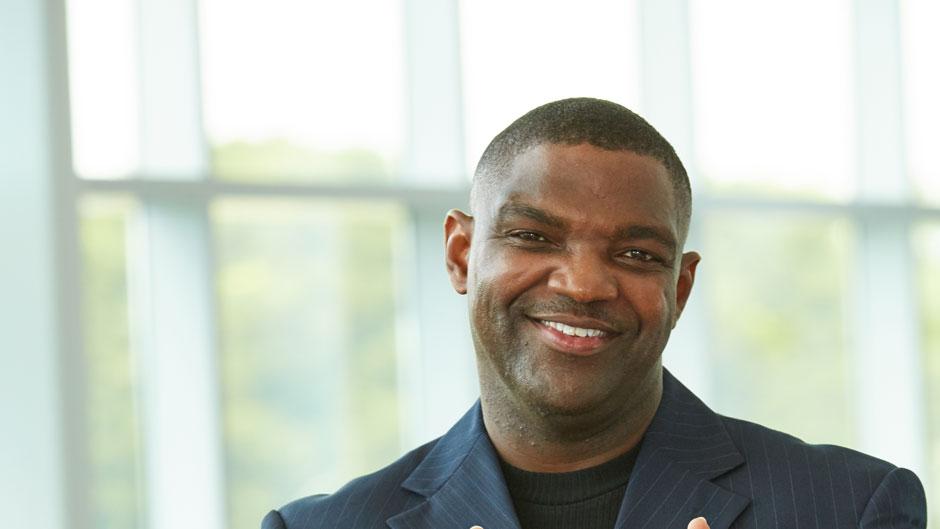 David J. Louis, Jr., UOnline, commencement profile, student profile