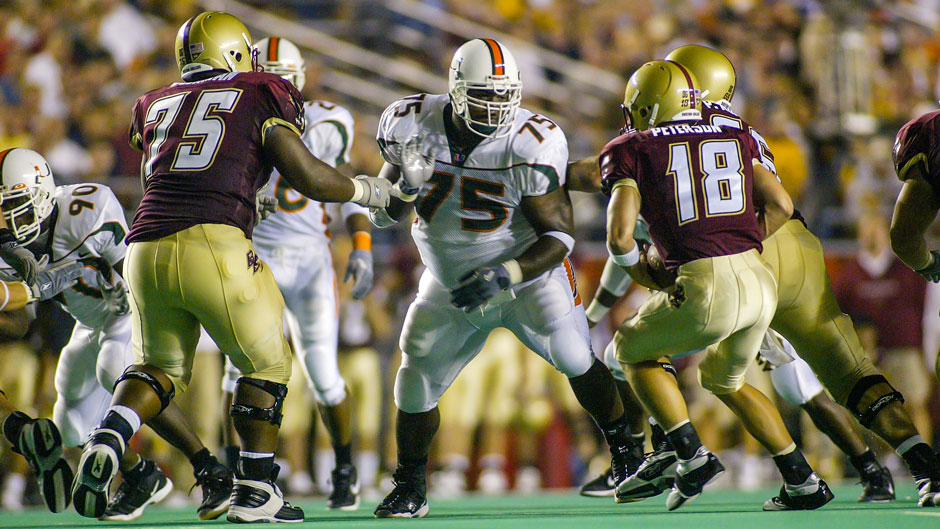 Vince Wilfork on the field for the Miami Hurricanes, 2003