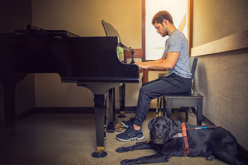 Finding his groove at the piano--and on the financial stage