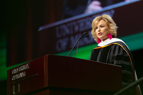 Pat Mitchell delivers Commencement address