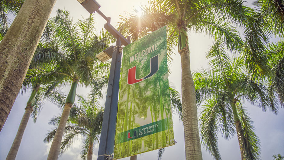 A welcome banner on the Coral Gables campus