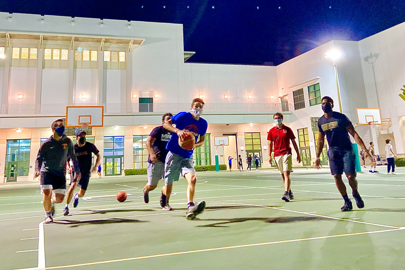 The Team Relay Challenge takes place on the outdoor basketball courts near the intramural fields. Photo: Emmalyse Brownstein/University of Miami