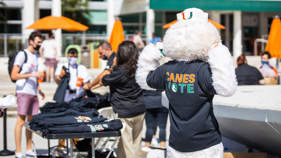 The student organization, Get Out the Vote, held an election day giveaway on the Lakeside Patio on Tuesday, November 3, 2020. TJ Lievonen/University of Miami