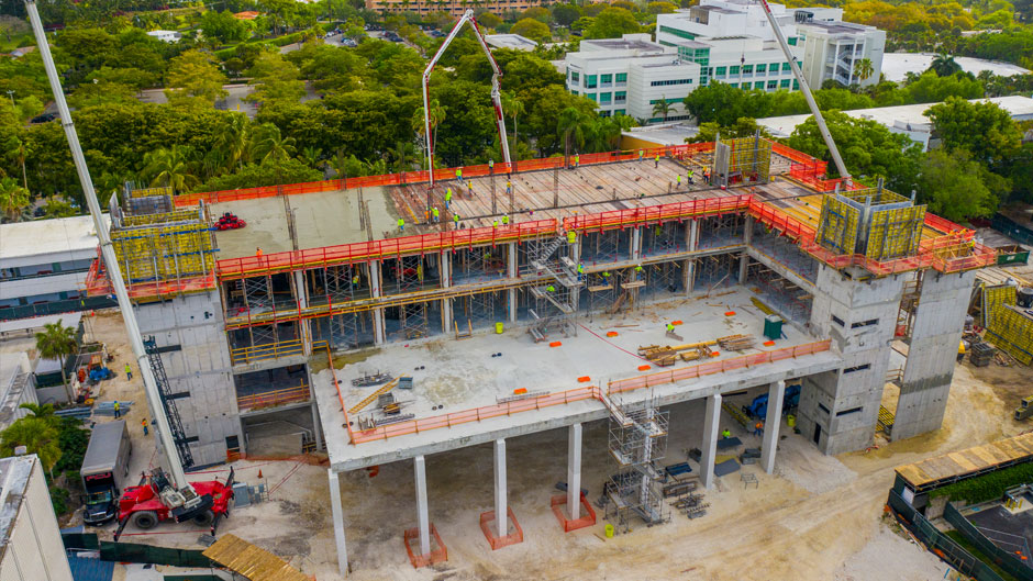Aerial image shows concrete pour for the 5th floor on Thursday, March 18, 2021 for the future FICMS. PHOTO: TJ Lievonen/University of Miami