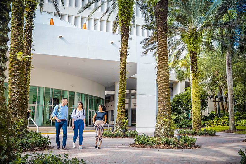 Miami Herbert partners with 2U, Inc. to power its online MBA