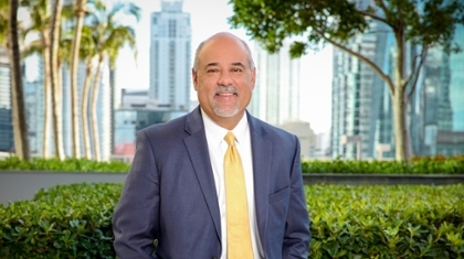 Frank Gonzalez (MBA '95) Elected Vice Chair of Orange Bowl Committee