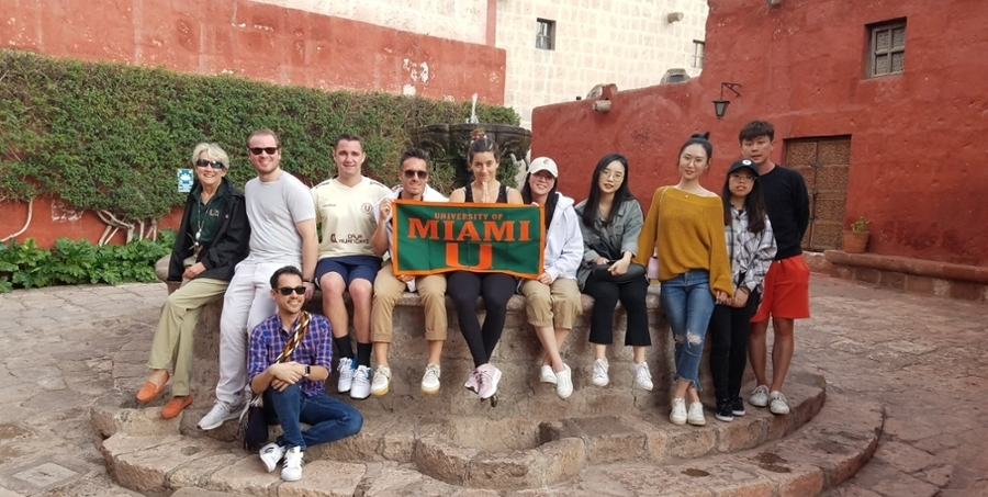 UM GLOBE Trip Attendees at the Convent of Santa Catalina in Arequipa